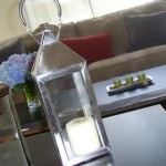 Using accessories and color in home staging